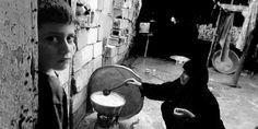 حي يا بلدي  نجاة عبد الصمد - دحنون Drums, Music Instruments, Painting, Percussion, Musical Instruments, Painting Art, Drum, Paintings, Painted Canvas