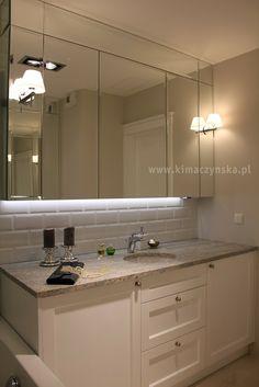 szafki łazienkowe mieszczące pralkę, blat z granitu Kashmere White