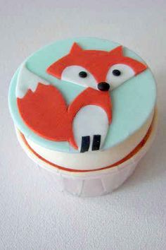 30 Animal Cupcakes Too Cute To Eat. Ideas for cupcakes/fondant. Cupcakes Design, Cute Cupcakes, Cake Designs, Fox Cake, Woodland Cake, Animal Cupcakes, Baby Shower Cakes, Party Cakes, Amazing Cakes