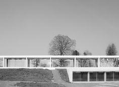 www.sky-frame.com – Architecture: Peter Kunz Architektur, Switzerland www.kunz-architektur.ch Photography: Claudia Luperto, Switzerland www.luperto.ch