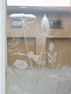 optischer Trend aus sandgestrahltem Glas