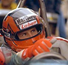 Sport Cars, Race Cars, Gilles Villeneuve, Full Face Helmets, Ferrari F1, F1 Drivers, F 1, Formula One, Cars And Motorcycles
