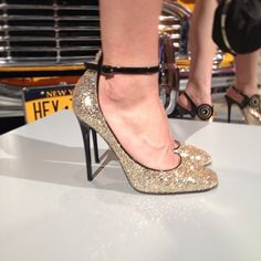Kate Spade...twinkle toes. Wow. I think I could actually wear these:) Spectacular.