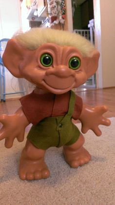 Thomas Dam Iggynormous Troll 12 inches restored by Aletta Walker using 24mm Green Plastic Safety Eyes