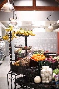 Healthy Eats at Raw Bar in Venice, Ca. This place looks so cool!