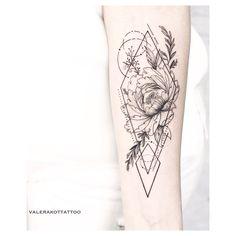 Dainty Tattoos, Mom Tattoos, Back Tattoos, Star Tattoos, Pretty Tattoos, Flower Tattoos, Body Art Tattoos, Tatoos, Health Tattoo