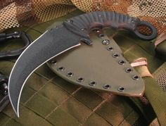 Derespina Knives - Knife Models