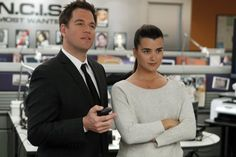 "Michael Weatherly as Tony DiNozzo and Cote de Pablo as Ziva in NCIS (2012) ""Need To Know"" S09E17"