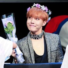 So I guess everyone decided flower crowns would go well w the god/goddess concept #hobi#hoseok#jhope#bangtanboys#bts❤️