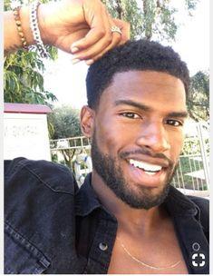Fine Black Men, Gorgeous Black Men, Cute Black Guys, Handsome Black Men, Black Boys, Fine Men, Cute Guys, Beautiful Men, Fine Boys