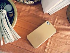DIY / Gold iphone cover/case