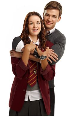 House of Anubis Tajemnice Domu Anubisa Peddie House Of Anubis, Best Tv Shows, Favorite Tv Shows, Movies Showing, Movies And Tv Shows, Ramsey House, Kissing In The Rain, Young Love, Second Child