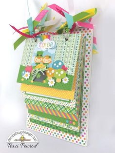 Artsy Albums Scrapbook Album and Page Layout Kits by Traci Penrod: Lucky Scrapbook Mini Album, St Patricks, Doodlebug Pot O' Gold Mini Albums, Mini Scrapbook Albums, Baby Scrapbook, Scrapbook Paper Crafts, Scrapbook Cards, Baby Mini Album, Shower Bebe, Mini Album Tutorial, Scrapbook Journal