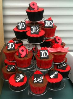 One Direction cupcakes!