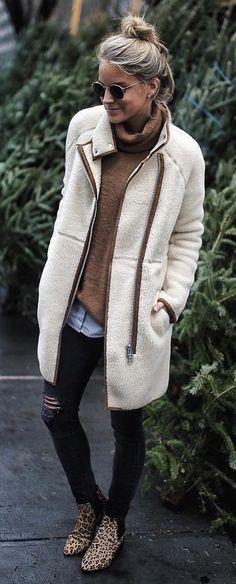 #winter #fashion / White Coat / Brown Turtleneck / Ripped Skinny Jeans / Leopard Booties