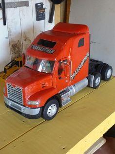 Mack pinnacle hecho a mano Semi Trucks, Vehicles, Vintage, Craft, Frases, Wood Toys, Trucks, Hand Made, Pork
