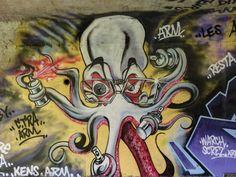 Street art au bord de la Seine à Étiolles - Pieuvre en couleur 20160420082