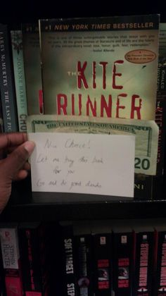 """pay it forward, Barnes and Noble style.    """"Nice Choice!     Let me buy this book for you.     Go and do good deeds."""""""