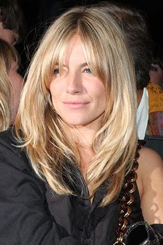 shag haircut inspo - Ka Ti -The ultimate shag haircut inspo - Ka Ti - Watch this week's Try Living With Lucie for some great hair inspo! 7 Do It Yourself Ways to Fix a Dye Job Gone Wrong . Sienna Miller Hair, Sienna Miller Fringe, Hair Inspo, Hair Inspiration, Medium Hair Styles, Short Hair Styles, Growing Out Bangs, Growing Out Fringe, Corte Y Color