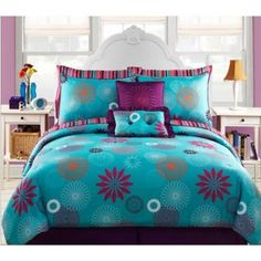 Purple and turquoise bedroom for teen girls