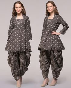 Dabu-printed Cotton Tunic with Dhoti Pants Casual Dress Outfits, Trendy Dresses, Simple Dresses, Nice Dresses, Patiala, Churidar, Kurta Designs Women, Blouse Designs, Boho Fashion Over 40