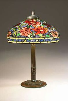 Very nice antique Tiffany Studios red peony table lamp.