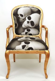 Image of The SKULL CHAIR