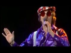 FRANK ZANDER - Oh, Susi (Der zensierte Song) - YouTube Frank Zander, Kinds Of Music, Videos, Youtube, Songs, Concert, Winter, Board, Movie