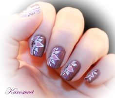 Nailpolis Museum of Nail Art | Flower power by Karosweet