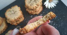 Je cherchais une recette de crackers ''sain'' pour accompagner l'apéritif. Je l'ai trouvé, un peu modifié selon mes goût...