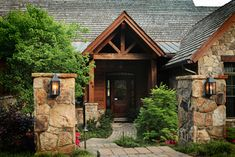 Traditional Exterior Photos Home Exteriors With Entry Courtyards Design Ideas, Pictures, Remodel, and Decor - page 12