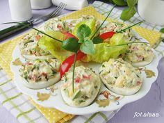 Ala piecze i gotuje: Jajka z awokado i papryką Fresh Rolls, Yummy Food, Easter, Cook, Ethnic Recipes, Delicious Food, Easter Activities