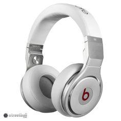 #RogersWinterWhites Beats By Dre, Beats Audio, Cute Headphones, Over Ear Headphones, Studio Headphones, Professional Headphones, Noise Cancelling Headphones, Wireless Headphones, Digital Trends