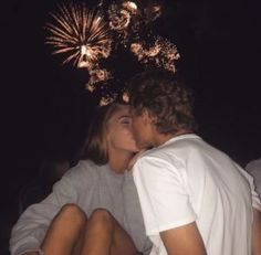 25 Cute Relationship Goals All Couples Should Aspire To – Future Boyfriend - Water Cute Couples Photos, Cute Couple Pictures, Cute Couples Goals, Couple Ideas, Cute Boyfriend Pictures, Summer Love Couples, Cute Fall Pictures, Cute Couple Selfies, Adorable Couples
