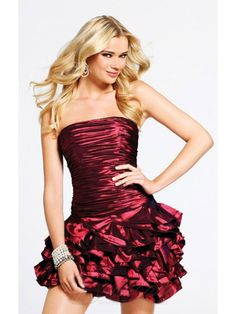 Rote Cocktailkleid