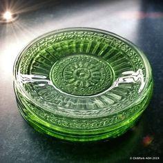 J T Stromberg (@arpa0nheitetty) • Instagram-kuvat ja -videot Glass Design, Finland, Glass Art, Green, Instagram