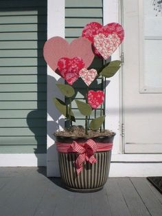 Romantic Heart Decorations Ideas For Valentine'S Day 06