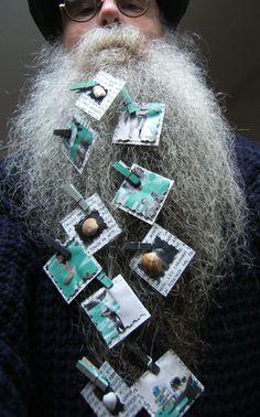 BEARD GALLERY - Opere di Patrizia Dellavalle installate sulla mia barba (Galleria Pensile)