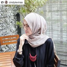 💞 Feature by @cindylevinaa Post your photo using hastag #hijabernow and tag to @hijabernow to be featured Allow us to invite you to be a Part Of Our Community  #hijabnow #hijaber #komunitashijaber #hijab #hootd #modelhijab #hijabfeature #hijabfashion #hijabootd #hijabstyle