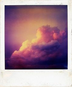 Lion in a blue jumper, sitting on a deck chair taking in the sky Vintage Photography, Photography Photos, Beautiful Sky, Beautiful Pictures, Twilight Sky, Up To The Sky, All Things Purple, Purple Stuff, Sunset Sky