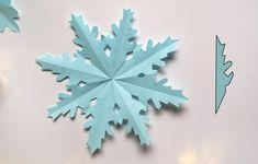 Dekoracje świąteczne z papieru. Gwiazdki i śnieżynki | Christmas Clipart, Origami Paper, Xmas Tree, Paper Art, Christmas Decorations, Clip Art, Handmade, Inspiration, Kindergarten