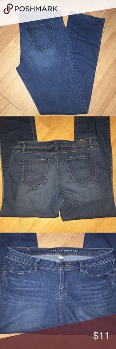 Laura Conrad stretch jeans In EUC Laura Conrad Jeans Boot Cut