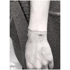 41.3K vind-ik-leuks, 2,169 reacties - Doctor Woo (@_dr_woo_) op Instagram: 'Let me decorate your wrists '