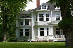 colonial homes | Decorating Contemporary Colonial Homes | Interior Designing Blog