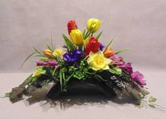 Ikebana, Altar, Floral Wreath, Wreaths, Plants, Design, Decor, Flower Arrangements, Floral Arrangements