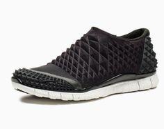 Nike Free Orbit II SP Sneaker