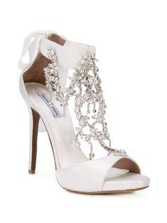 6 Beautiful Wedding Dress Trends in 2020 Fancy Shoes, Pretty Shoes, Blue Shoes, Beautiful Shoes, Me Too Shoes, Best Bridal Shoes, Red Wedding Shoes, Bridal Heels, Wedding Heels