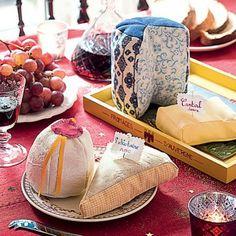 Des morceaux de fromage en tissus