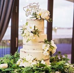 "99 Likes, 4 Comments - Sunshine Coast Wedding Expo (@sunshinecoastweddings) on Instagram: ""What a stunning naked cake created by the very talented @chocolate2chilli - the specialists in all…"""