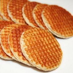 La Cuisine de Bernard: The Flemish Waffles with Vanilla Cooking Chef, Cooking Recipes, Crepes And Waffles, Picnic Foods, Sweets Recipes, Healthy Breakfast Recipes, Food Porn, Food And Drink, Yummy Food